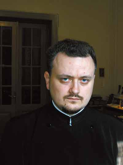 Preotul Ciprian Apetrei