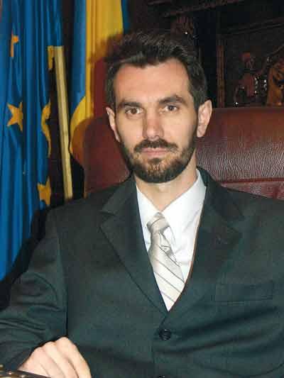 Dr. Nicolae Adrian Lemeni