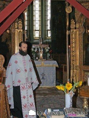 Biserica Rusa - Preot