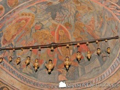 Biserica Stavropoleos - Candele