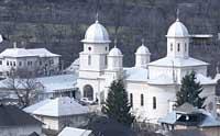 Biserica Sfintii Apostoli din Radaseni