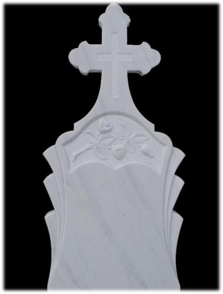 Monument funerar marmura alba