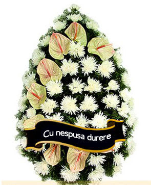 Coroana funerara din anturium si crizanteme