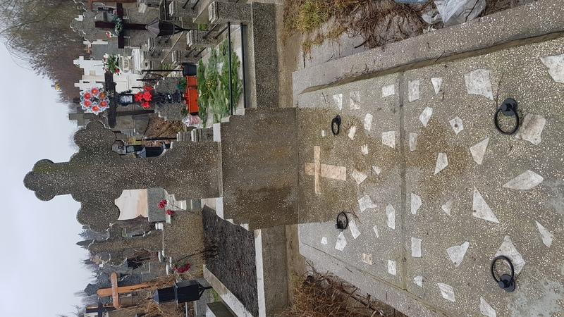 Cripta 2 locuri + cruce mozaic,  Clasa I, parcela 4, rand 37 - cimitir Mihai Bravu