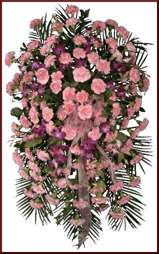 Coroana funerara compusa din garoafe
